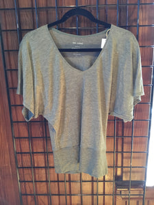 TB1-046 Batwing (short sleeve) Top Linen by Zen Nomad