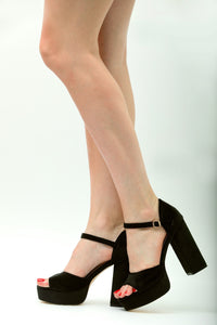 BDC Inspired Catrina Platforms in Black