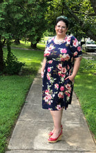 Dress Plus (Navy Floral Pocket)