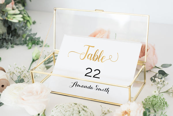 Gold place cards for weddings