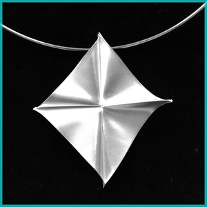 Kite Necklace