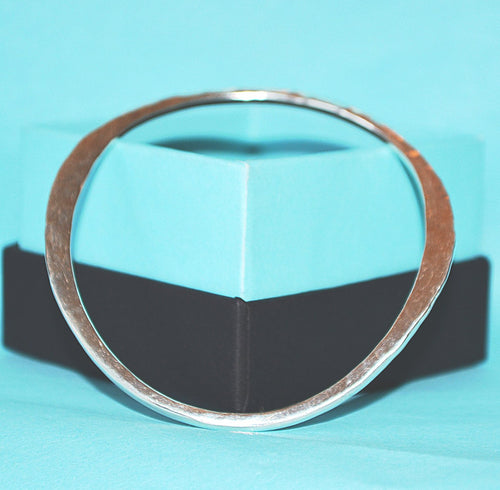 Shine Wave Bangle