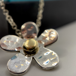 Daisy Necklace with Gold Centre
