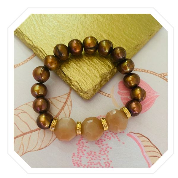 Bronzed Bracelet with Aventurine and Baroque Pearls