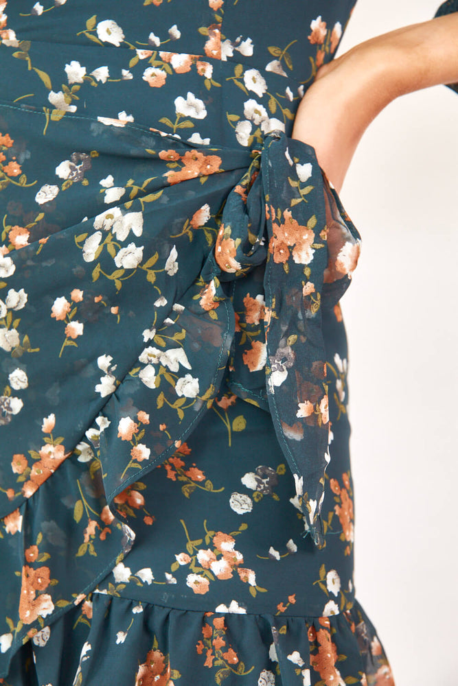 Renaître // Floral Mini Dress