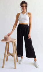 Dominique // Black Culottes