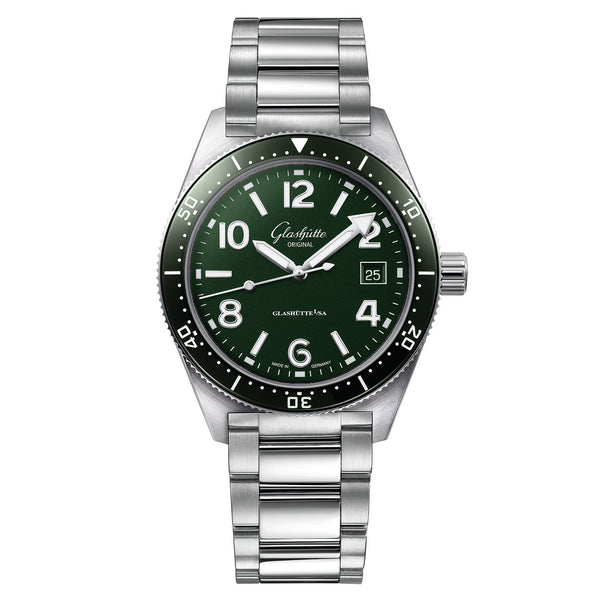 Spezialist SeaQ Green Dial 39mm Steel Bracelet Dive Watch