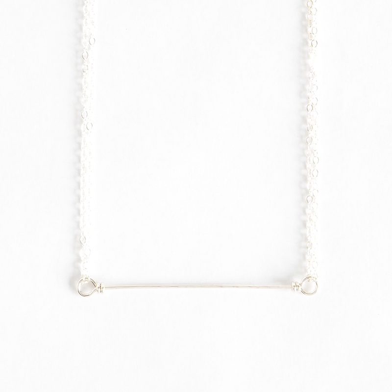 Bar Necklace in Silver - on-holiday