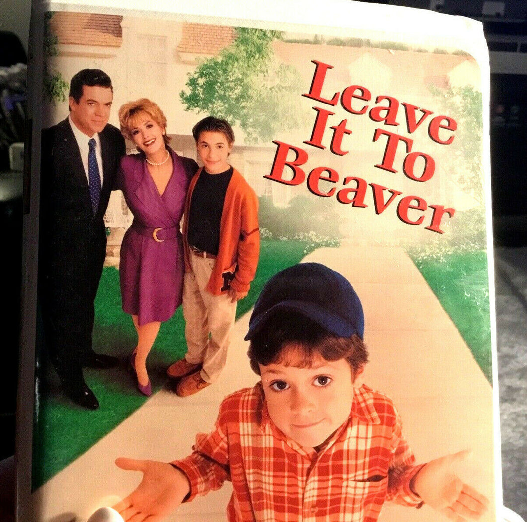 Leave it to Beaver Movie (VHS for VCR, 1998 Universal, Clam Shell) - Like NEW!