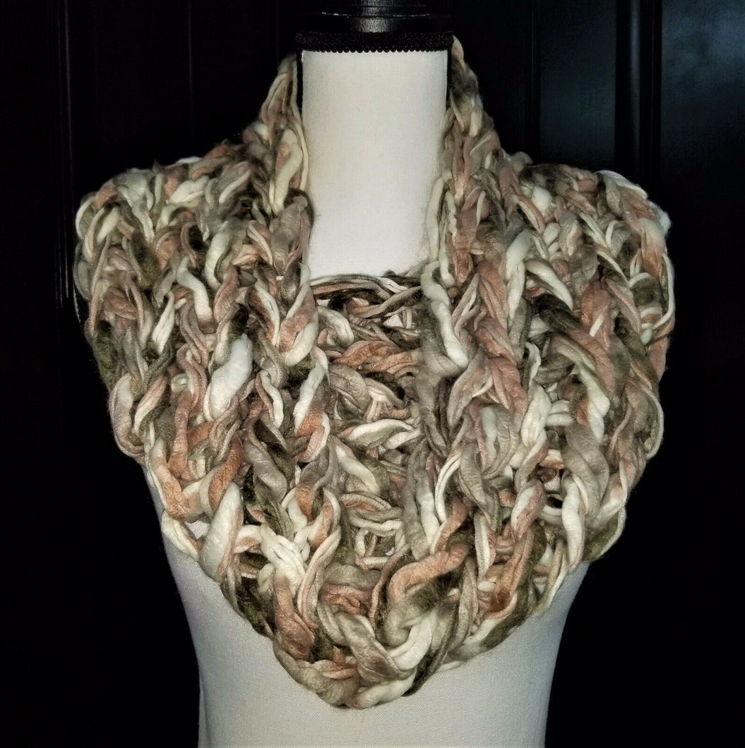 Womens Rose Yarn Infinity Scarf - Rose Gray White - 32