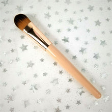 "Macysbeauty Foundation Brush Makeup Brush - Apx 6.75"" L x 3/4"" W"