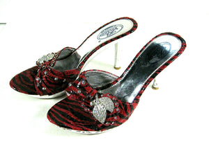 Bolaro Red Rhinestone High Heel Womens Shoes Pre owned yet Still Dazzling Size 6