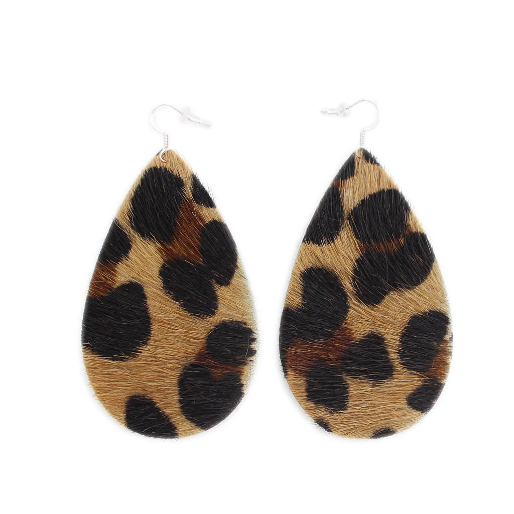 The Drop Leather Earrings in Leopard