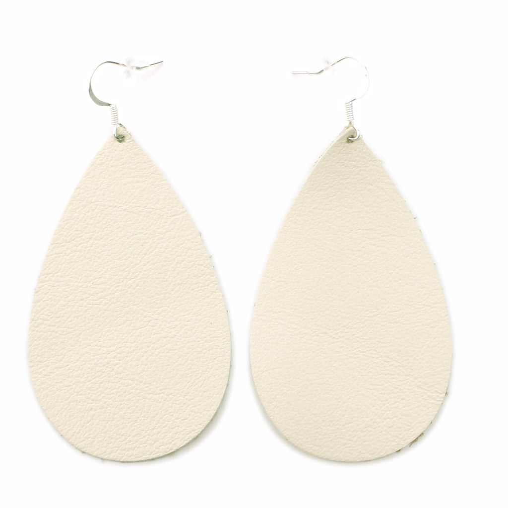 The Drop Leather Earrings in Natural