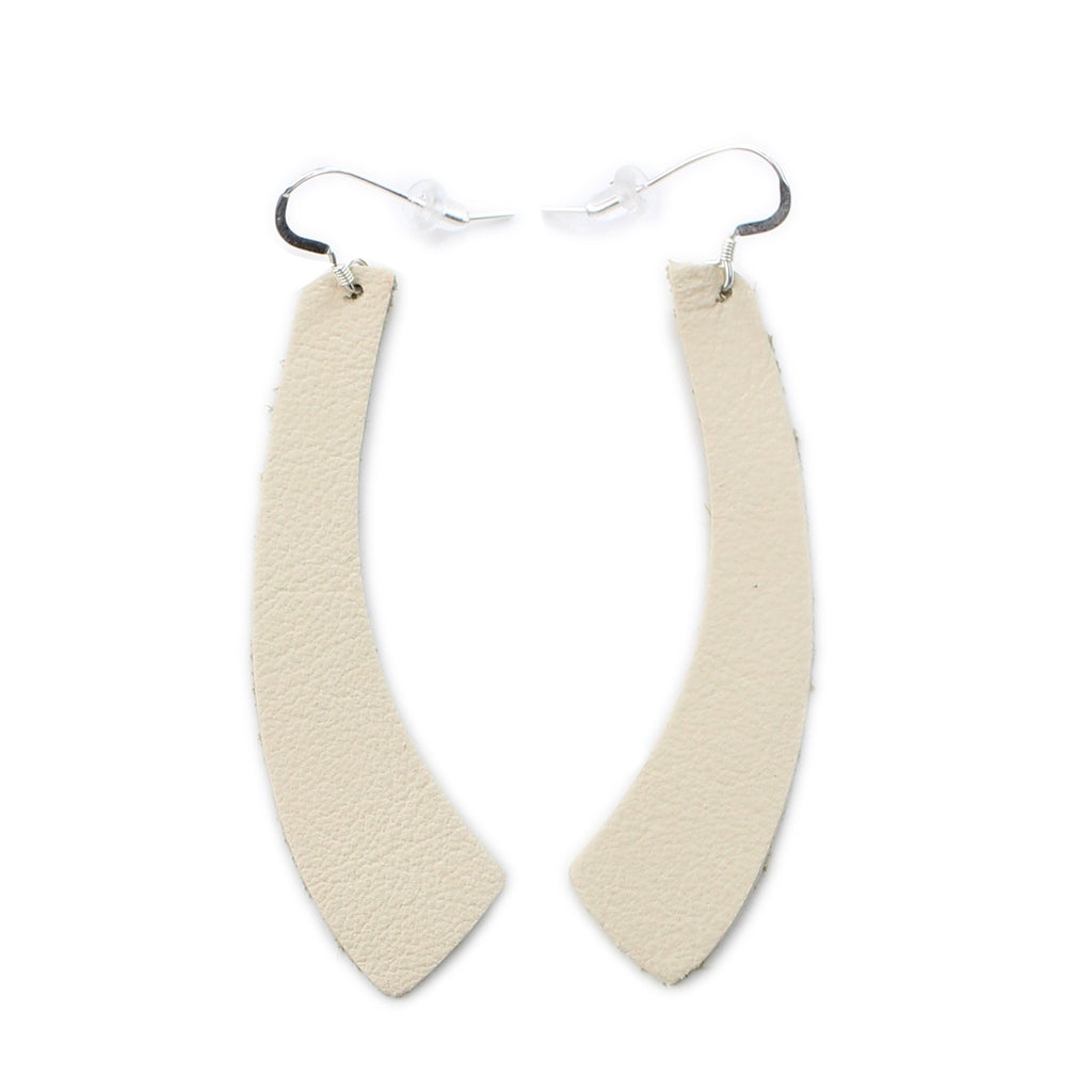 The Wing Leather Earrings in Natural