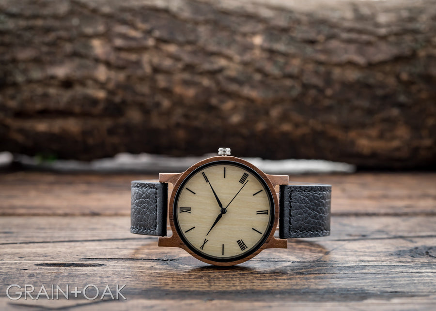 Anderson Walnut | Set of 5 Groomsmen Watches Grain and Oak