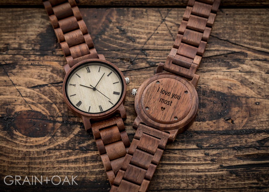 The Cedric Walnut | Set of 8 Groomsmen Watches Grain and Oak