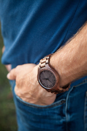 The Oliver Walnut | Wood Watch Wooden Band Watches Grain and Oak