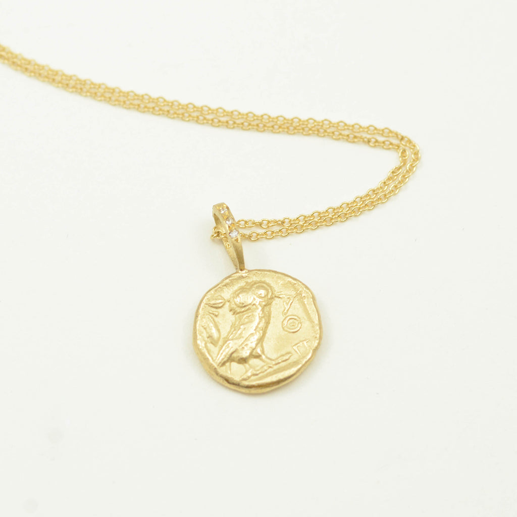 Robin Haley artifacts collection Wisdom | Owl necklace in 14kt yellow gold