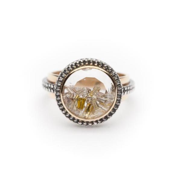 moritz glik diamond shake ring in white and yellow gold.