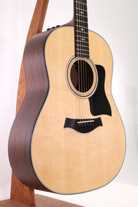 Taylor 317e Grand Pacific V-Class Round-Shoulder Dreadnought Acoustic/Electric Guitar