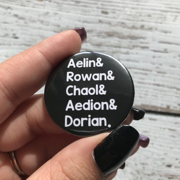Throne of Glass Button