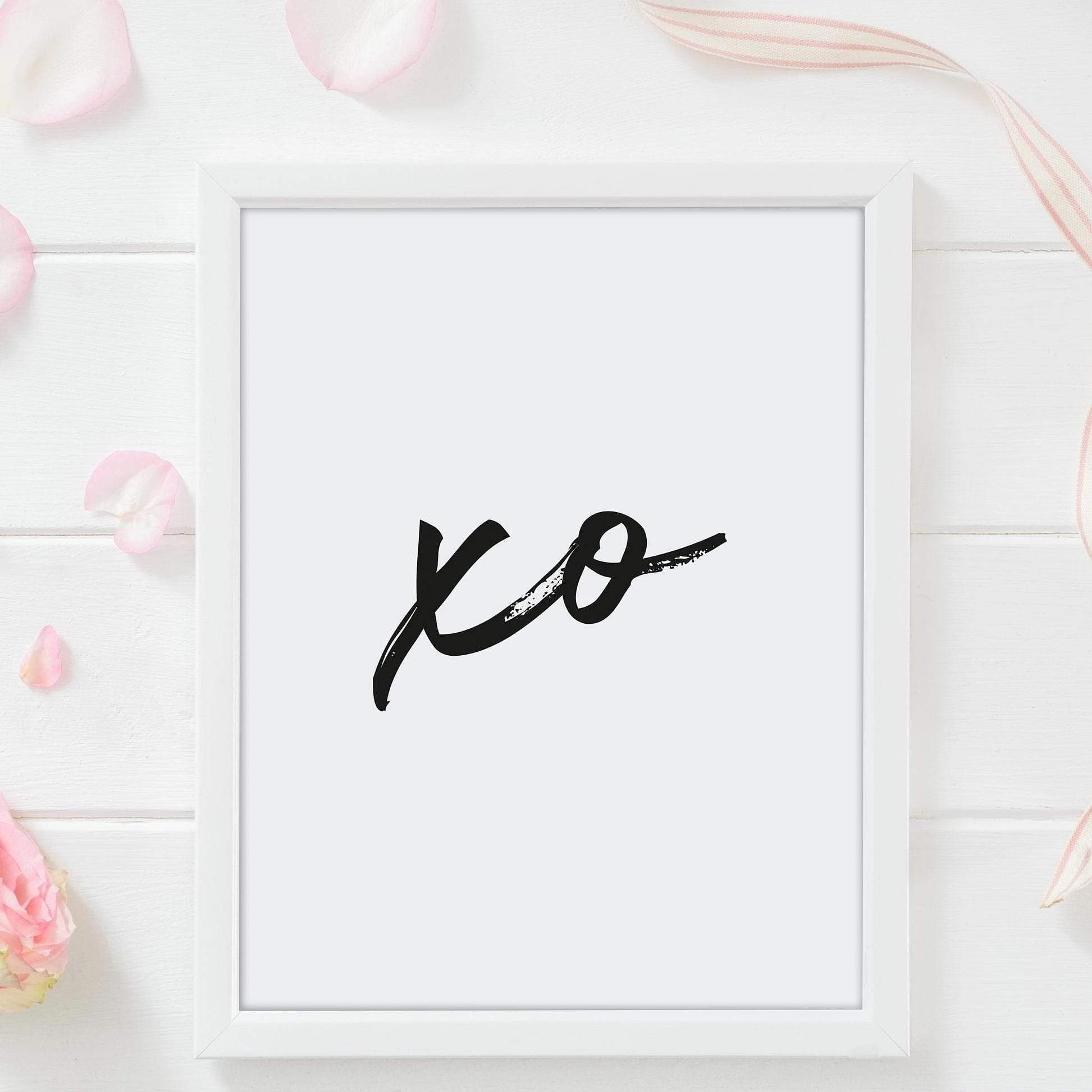 Leanne & Co. Digital Print Hugs and Kisses Print