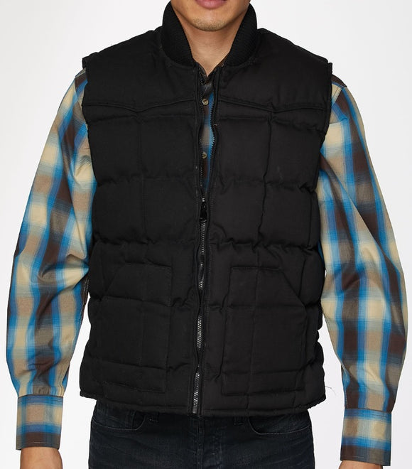 CHALECO DE RODEO DE PLUMA DE GANZO COLOR NEGRO. MENS'S RODEO COLLECTION VEST FILLED W/ DOWN BLACK COLOR , HerraduraDeOro - HerraduraDeOro