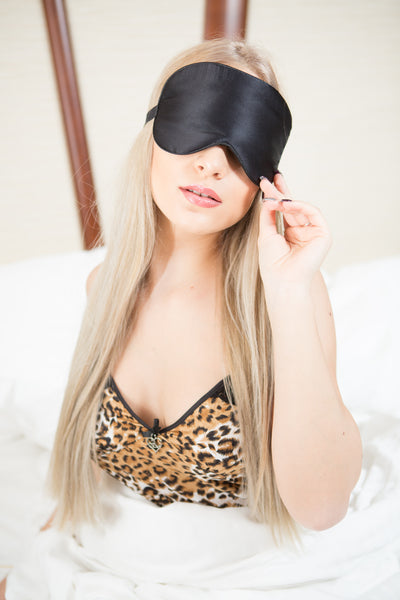 Why choose a silk sleep mask?