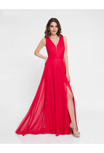Sleeveless V-Neck Gown Red | Robe rouge sans manches avec col en v