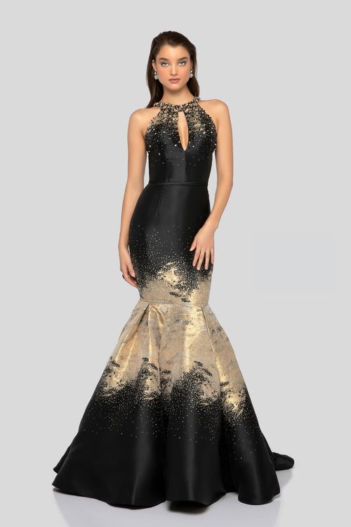 Robe de gala à dos ouverte. Open Back Beaded Top Print Lame Gown.