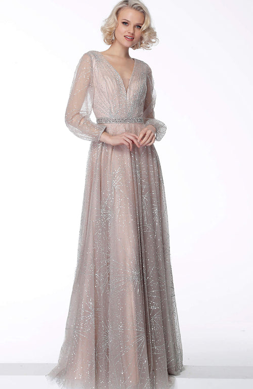 JOVANI Long Sleeve Gown with Beaded Waist Robe de soirée à manches longues