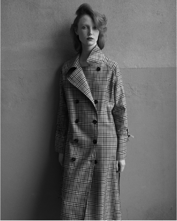 SEVENTY Plaid Trench Coat. Trench à carreaux
