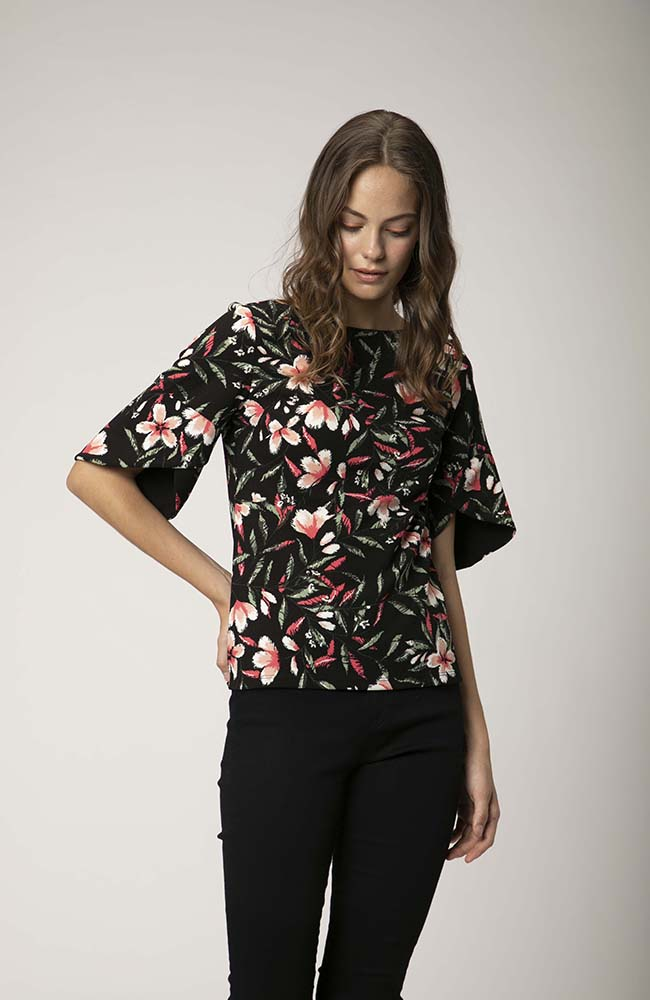 Wrap Sleeve Boat Neck Floral Top. Haut florale