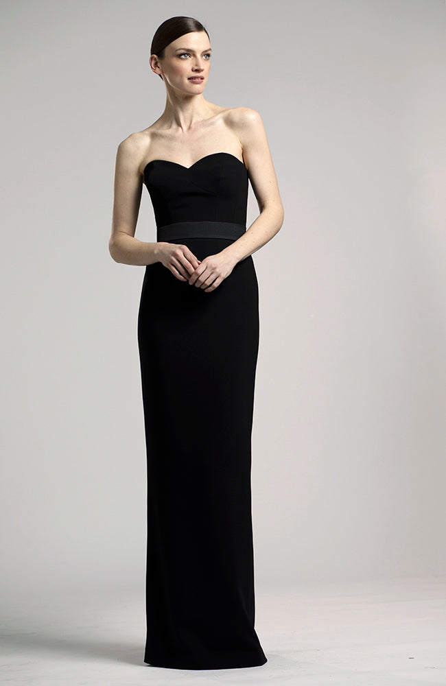 LUCIAN MATIS Strapless Sweetheart Neckline Gown with Bow. Robe de soirée