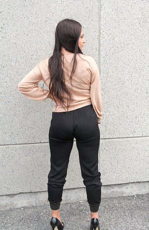 Pantalon Track Style Woven Pants with Gold Trim Cuff