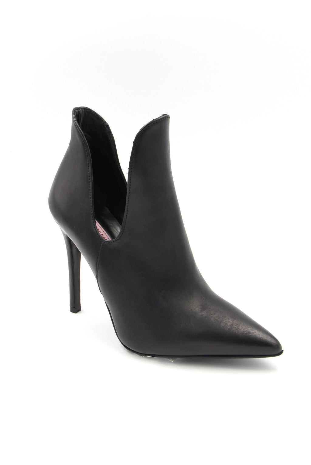 Georgia Black Leather Heeled Boot with Side Opening Boutillon cuir