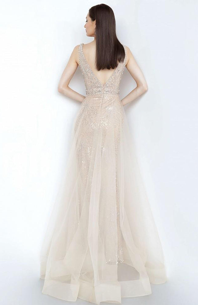JOVANI Beaded Gown Bodice with Chiffon Over Skirt Gown Robe de soirée