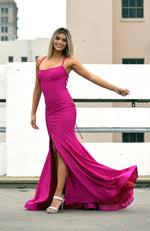 Jessica Angel Shimmery Mermaid Gown with Tie Up String in the Back. Robe de Bal