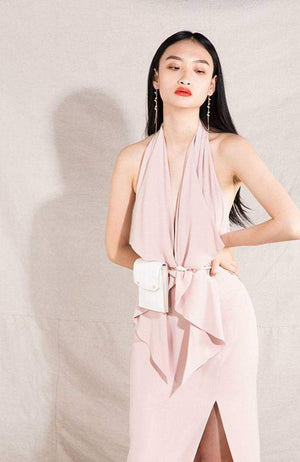 Blush Halter Dress with Belt. Robe dos nu avec ceinture