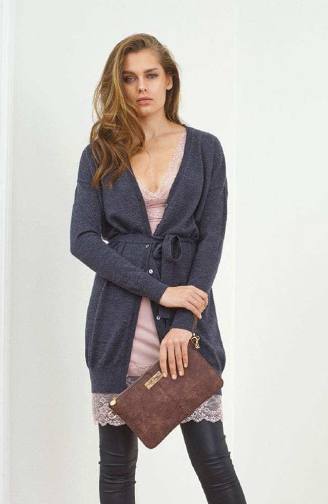 Long Cardigan with Buttons and Ties. Pull longue