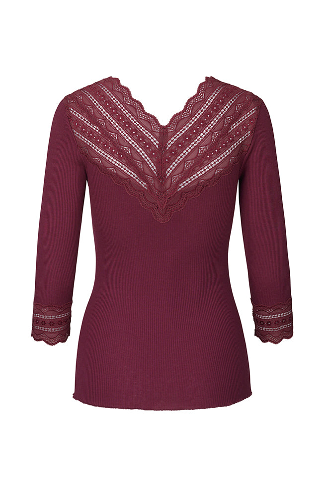 Ribbed V-Neck Top with Lace Details. Top à manches longues avec dentelle