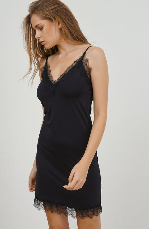 Spaguetti Strap Lycra Dress with Lace Trim Robe