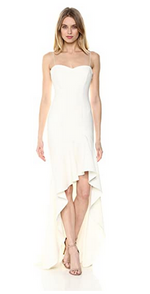 White Gown High Low Ruffle Hem. Robe longue blanc