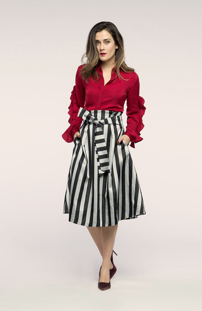 Stripe Silver & Black Skirt. Jupe rayé