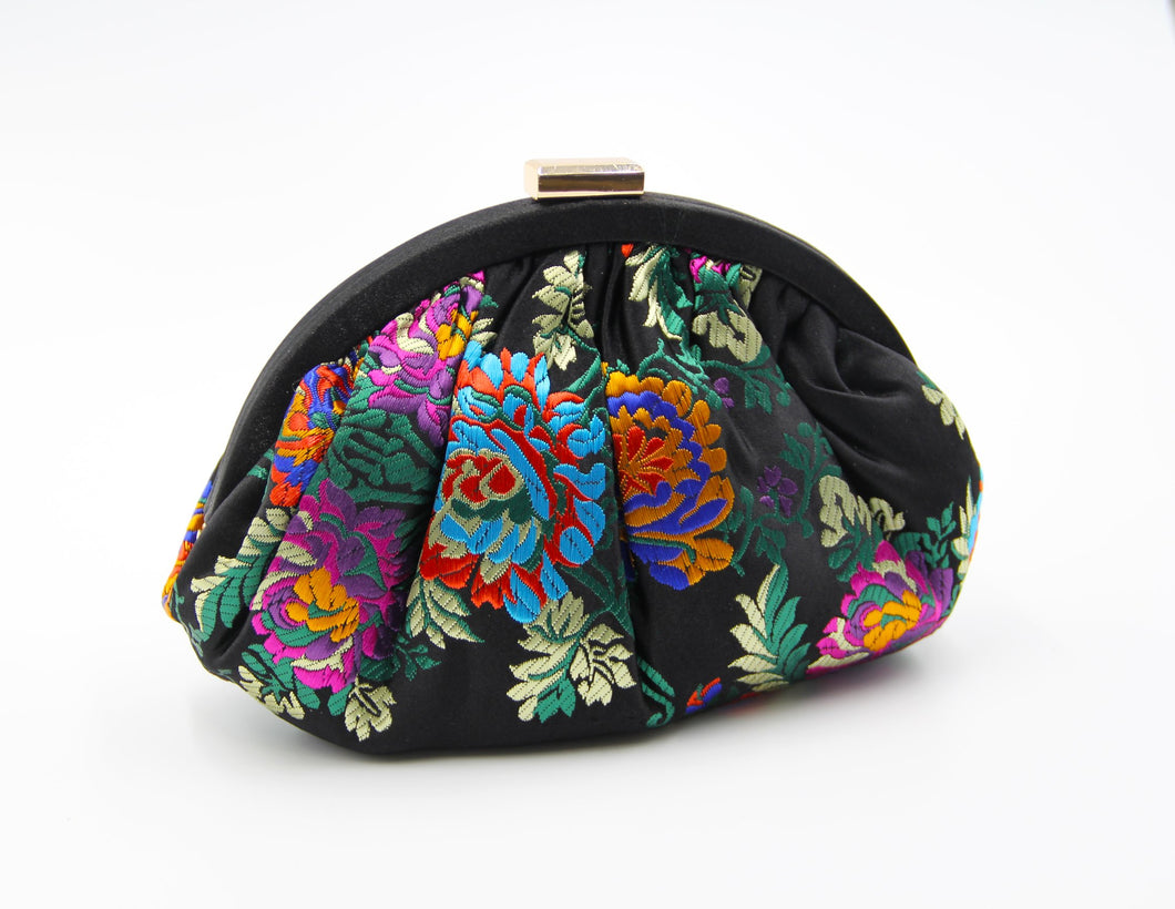 Flower evening bag. Sacoche brodee