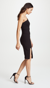 LIKELY One Shoulder Black Fitted Dress. Robe noire à une épaule