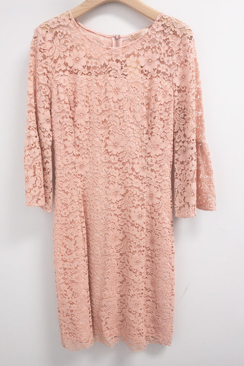 Seventy Lace Dress with Flared Sleeve Pink