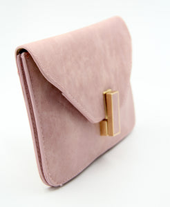 Soft Leather Envelope Bag- Pink. Sacoche en cuir rose