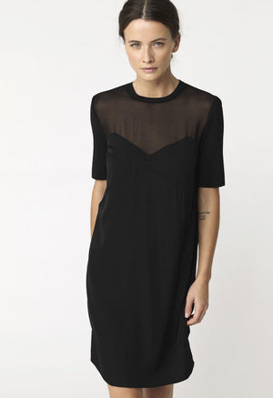 By Malene Birger -Eliska Dress in Black. Robe Eliska en noire